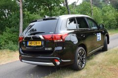 Mitsubishi Outlander PHEV 2.0 Premium 2017 (rijtest) (6)