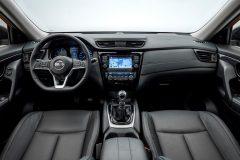 Nissan X-Trail 2017 (6)
