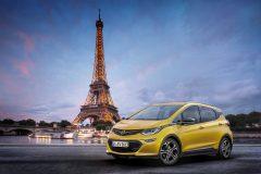 Opel Ampera-e 2017 (1)