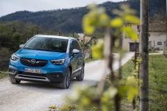 Opel Crossland X 2017 (12)