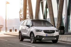 Opel Crossland X 2017 (22)