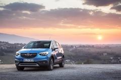Opel Crossland X 2017 (7)