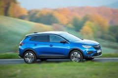 Opel Grandland X 2017 (10)