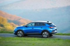 Opel Grandland X 2017 (11)
