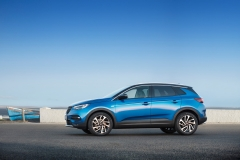 Opel Grandland X 2017 (15)