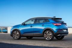 Opel Grandland X 2017 (16)