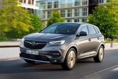 Opel Grandland X 2017 (22)