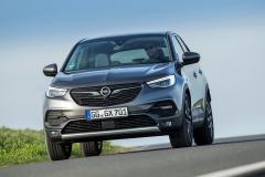 Opel Grandland X 2017 (23)