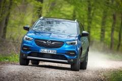 Opel Grandland X 2017 (4)