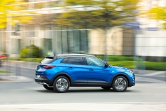 Opel Grandland X 2017 (8)