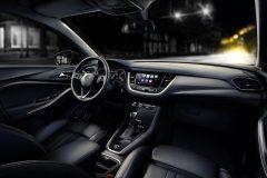 Opel Grandland X 2017 (9)