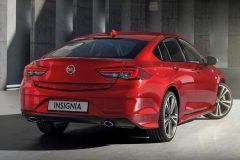 Opel Insignia Grand Sport Exclusive 2017 (2)