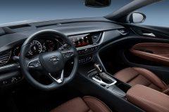 Opel Insignia Sports Tourer 2017 (7)