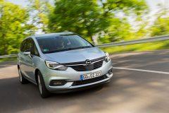 Opel Zafira 2016 (32)