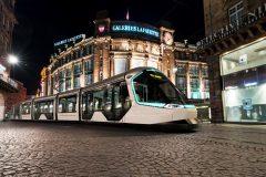 Peugeot Design Lab Alstom Citadis tram 2017 (1)
