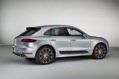 Porsche Macan Turbo Performance Package 2016 (2)