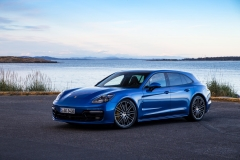 Porsche Panamera Turbo Sport Turismo 2017 (10)