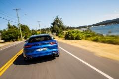 Porsche Panamera Turbo Sport Turismo 2017 (5)