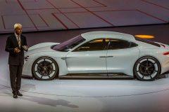 Porsche Taycan Mission E (4)