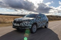 Škoda Karoq 2017 (teaser) (1)