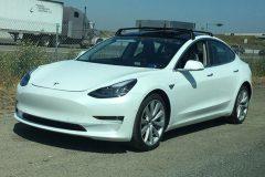 Tesla Model 3 2018 (gelekt) (1)