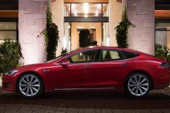 Tesla Model S 2016 (8)