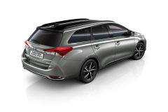 Toyota Auris Black Edition 2017 (4)