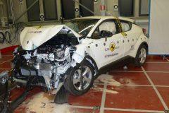 Toyota C-HR 2016 (Euro NCAP) (2)
