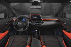 Toyota C-HR Hy-Power Concept 2017