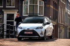 Toyota Yaris 2017 (2)