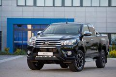 Toyota Hilux Black Platinum 2017 (3)