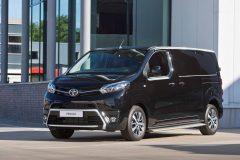 Toyota ProAce Black Platinum 2017 (1)