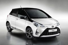 Toyota Yaris 2017 (4)