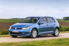 Volkswagen Golf TSI BlueMotion 2015 (4)