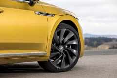 Volkswagen Arteon 2017 (24)