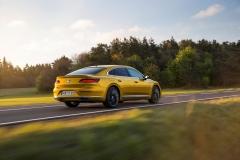 Volkswagen Arteon 2017 (9)