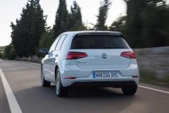 Volkswagen e-Golf 2017 (11)