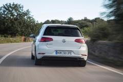 Volkswagen e-Golf 2017 (12)