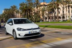 Volkswagen e-Golf 2017 (13)