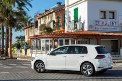 Volkswagen e-Golf 2017 (20)