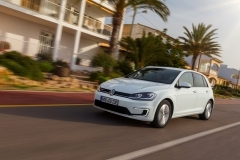 Volkswagen e-Golf 2017 (24)