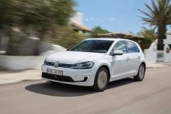 Volkswagen e-Golf 2017 (4)