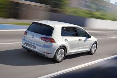 Volkswagen e-Golf 2017 (4)
