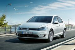 Volkswagen e-Golf 2017 (5)