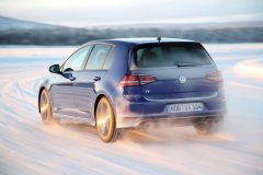 Volkswagen Golf R 2014 (2)