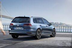 Volkswagen Golf Variant GTD 2017 (2)