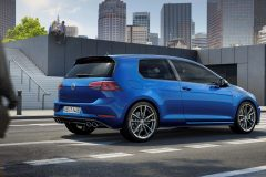 Volkswagen Golf R 2017 (3)