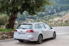 Volkswagen Golf Variant 2017 (10)