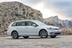 Volkswagen Golf Variant 2017 (12)