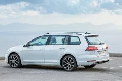 Volkswagen Golf Variant 2017 (15)